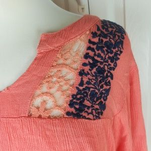 Umgee Tops - Umgee pink and blue lace inset flowy top
